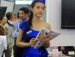 Người đẹp khoe dáng tại triển lãm công nghệ VCW 17