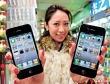 """""""Băng nhóm"""" sản xuất iPhone giả bị truy quét"""