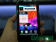 Đập hộp smartphone mỏng nhất thế giới Motorola RAZR